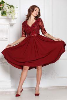 b1f4c7ccb37 Коктейльное платье цвета марсала с пышной юбкой и кружевным верхом купить в  интернет-магазине ...