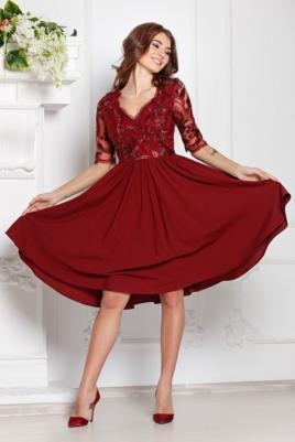 Коктейльное платье цвета марсала с пышной юбкой и кружевным верхом купить в интернет-магазине