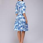 Короткое белое платье с голубым цветочным принтом и рукавами 3/4 dm01161wh-3