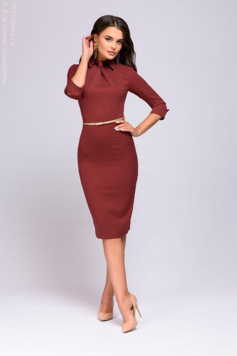 Платье-футляр цвета марсала с имитацией галстука купить в интернет-магазине