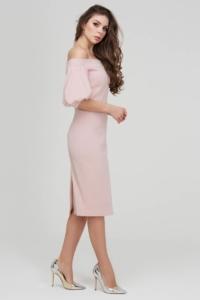 Заказать Платье-футляр цвета пудры с открытыми плечами и пышными рукавами с бесплатной доставкой по России