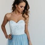 Вечернее платье-корсет голубого цвета с кружевным верхом и фатиновой юбкой zd00314lb-2