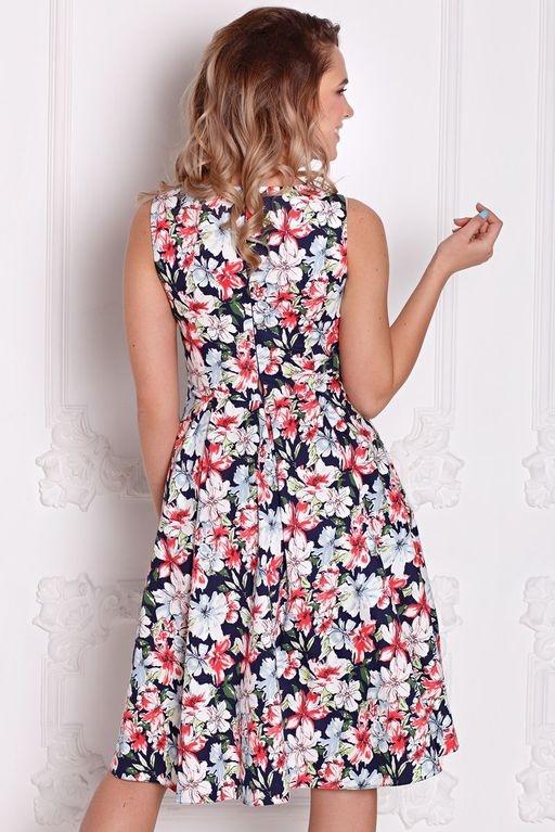 Заказать Темно-синее платье миди с цветочным принтом без рукавов в интернет-магазине