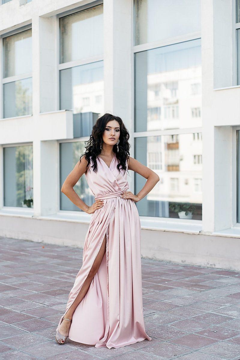 Пудровое платье в пол в греческом стиле из шелка zd00238pw-1