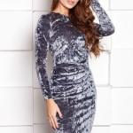Бархатное платье-футляр серого цвета с драпировкой и длинными рукавами sz00138gy-1