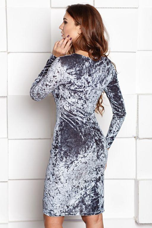 Бархатное платье-футляр серого цвета с драпировкой и длинными рукавами sz00138gy-3