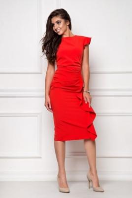 Платье-футляр красного цвета длины миди с драпировкой и воланами купить в интернет-магазине