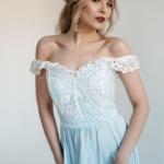 Вечернее платье голубого цвета с корсетом и разрезом на юбке zd00404lb-3
