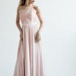 Вечернее платье пудрового цвета с корсетом на тонких бретелях zd00402pw-2