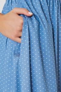Заказать Длинное голубое платье без рукавов в мелкий горошек с бесплатной доставкой
