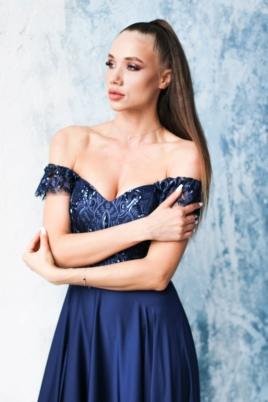 Длинное вечернее платье-корсет темно-синего цвета с разрезом на юбке заказать с примеркой