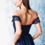 Длинное вечернее платье-корсет темно-синего цвета с разрезом на юбке zd00495db-3