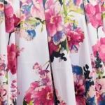 Короткое белое платье с цветочным принтом и вырезом на спине vv52019wh-4