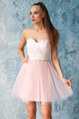 Платье мини с корсетным верхом из кружева с пышной юбкой пудрового цвета купить в интернет-магазине