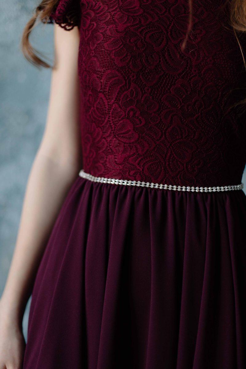 Купить Коктейльное платье миди вишневого цвета с вырезом на спине с примеркой