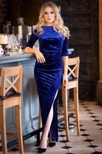 Вечернее платье из бархата синего цвета с драпировкой и разрезом купить в интернет-магазине