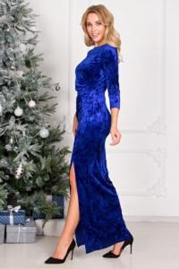 Вечернее платье на новый год из бархата синего цвета с драпировкой и разрезом