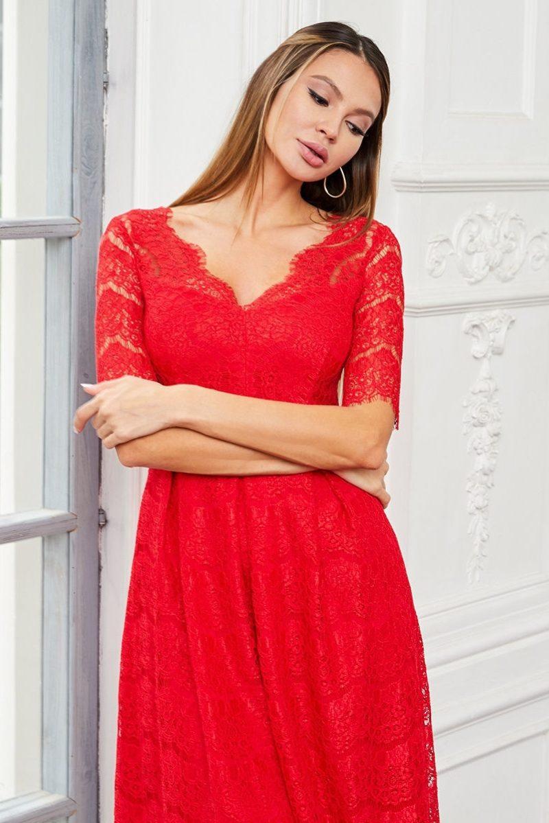 Кружевное платье миди красного цвета с пышной юбкой заказать с примеркой