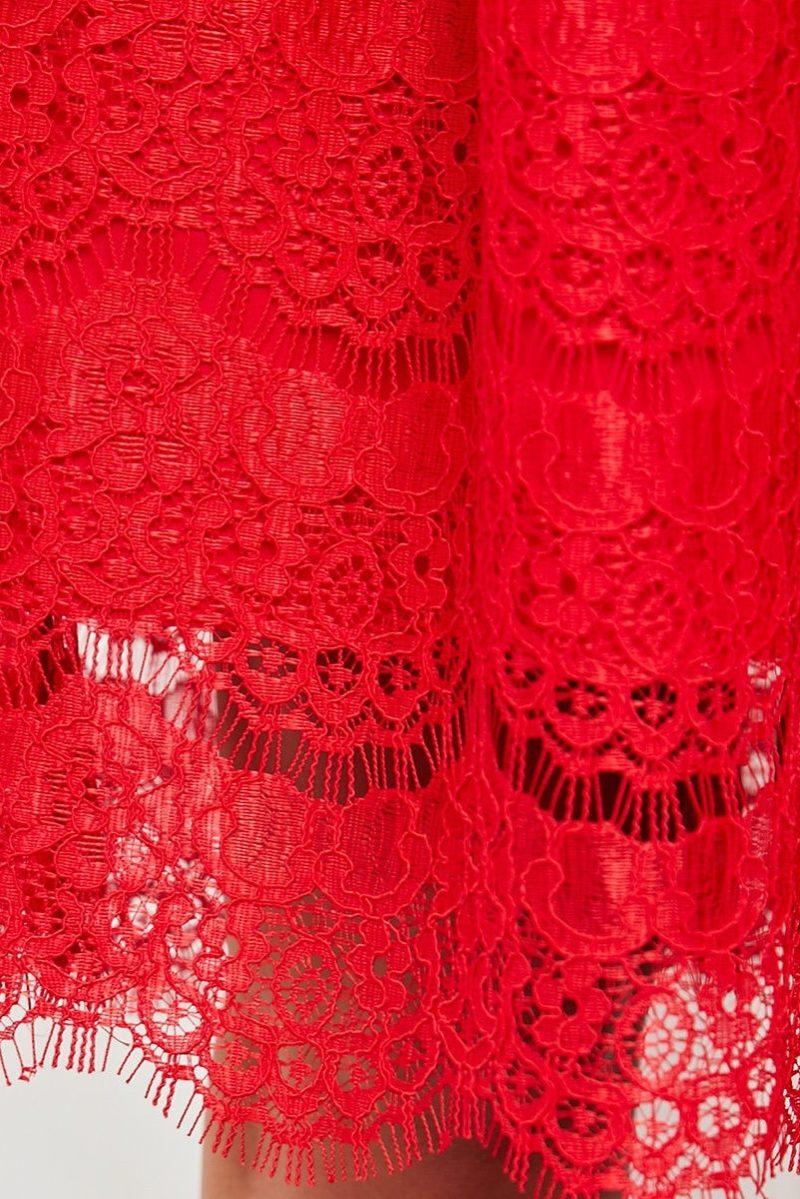 Кружевное платье миди красного цвета с пышной юбкой vv52045rd-4