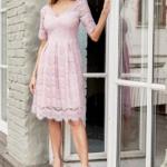 Кружевное платье миди пудрового цвета с пышной юбкой vv52045pw-1