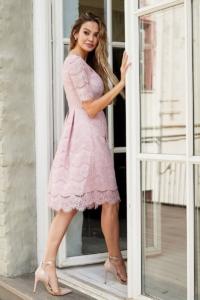 Купить Кружевное платье миди пудрового цвета с пышной юбкой с бесплатной доставкой