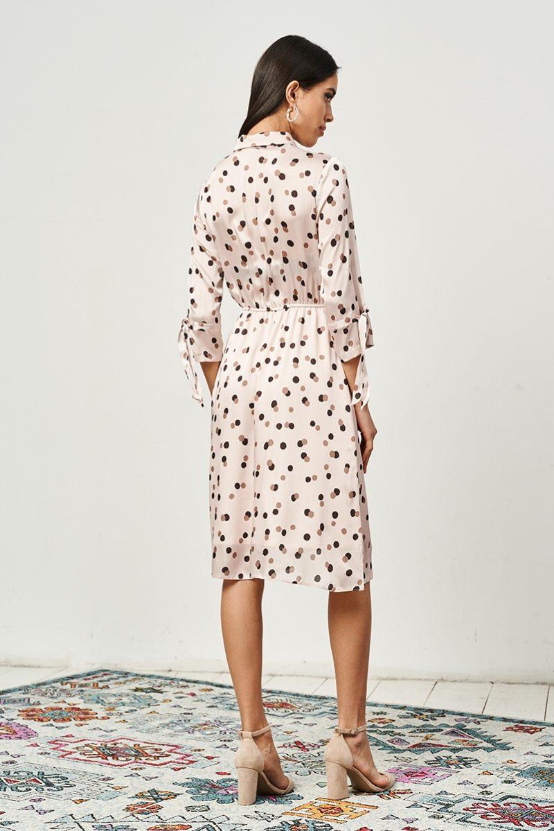 Купить Бежевое платье в горошек с отложным воротником и рукавами 3/4 с доставкой с примеркой