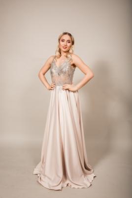 Бежевое вечернее платье платье из атласа с серебристым верхом купить в интернет-магазине