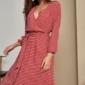Красное платье в горошек из вискозы длины миди с глубоким вырезом купить в интернет-магазине