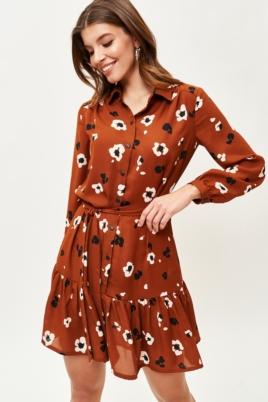 Светло-коричневое платье мини с цветочным принтом и воланом купить в интернет-магазине