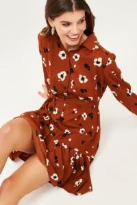 Заказать Светло-коричневое платье мини с цветочным принтом и воланом онлайн