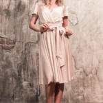 Бежевое платье в греческом стиле из шелка длины миди zd00371bg-1