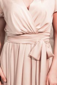 Купить Бежевое платье в греческом стиле из шелка длины миди с интернет-магазине